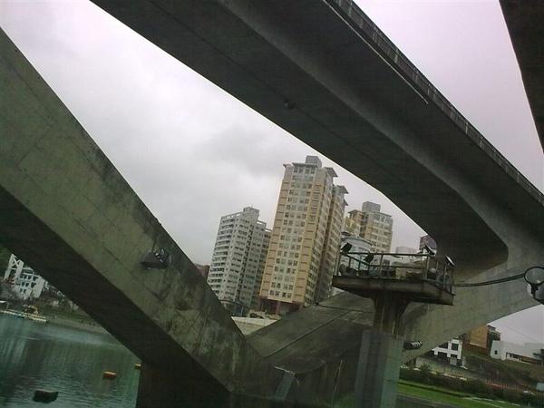 20090405128.jpg