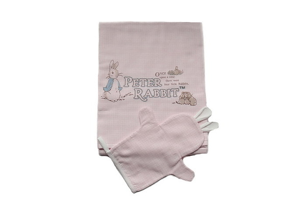 Peter rabbit bath towel-pink.JPG