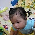 我第一次幫Gigi綁那麼整齊的頭