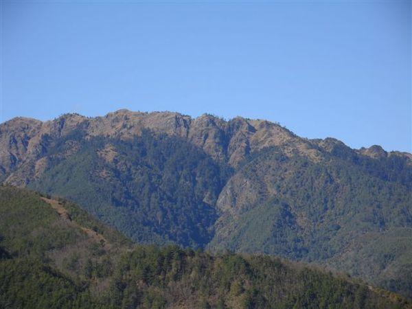 雪山東峰、哭坡