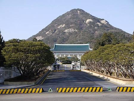 韓國-青瓦台舍廊房