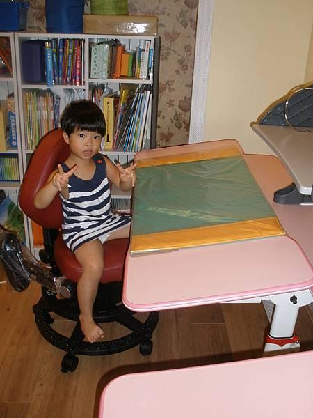 兒童成長書桌椅客戶分享
