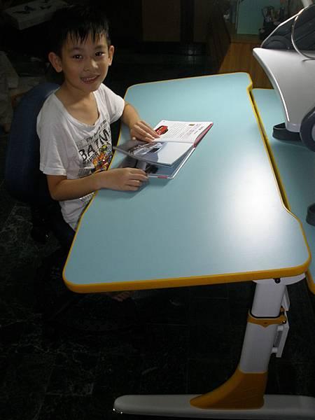 兒童成長書桌分享