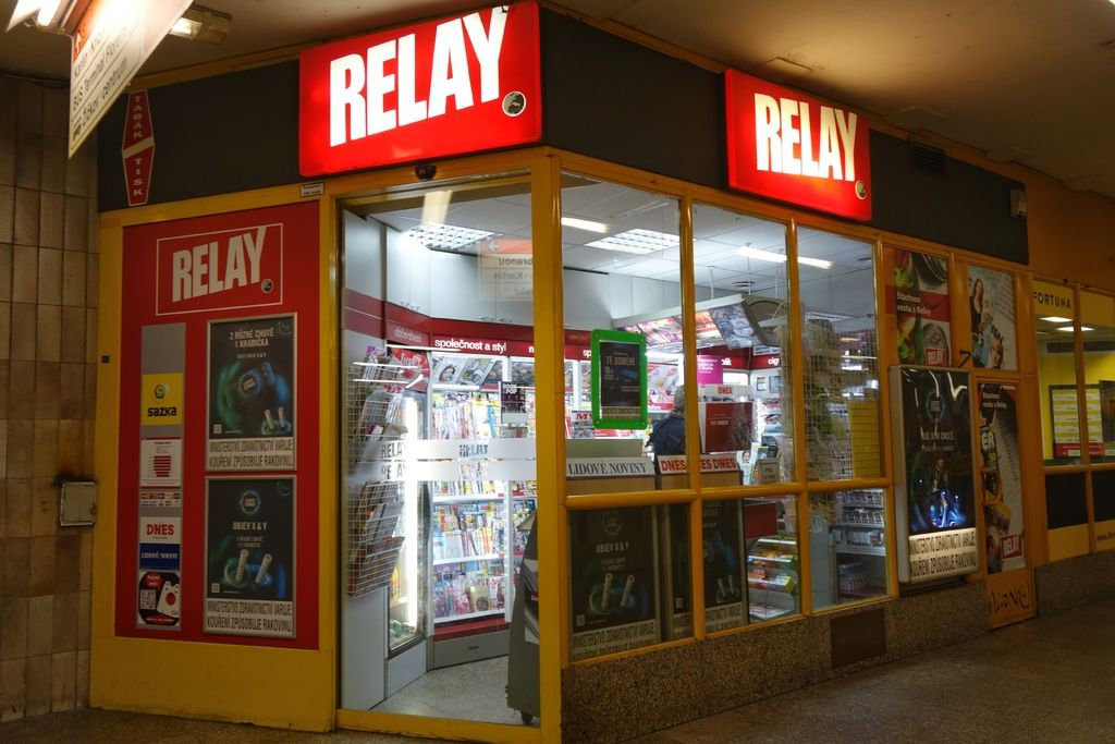 RELAY convenience store