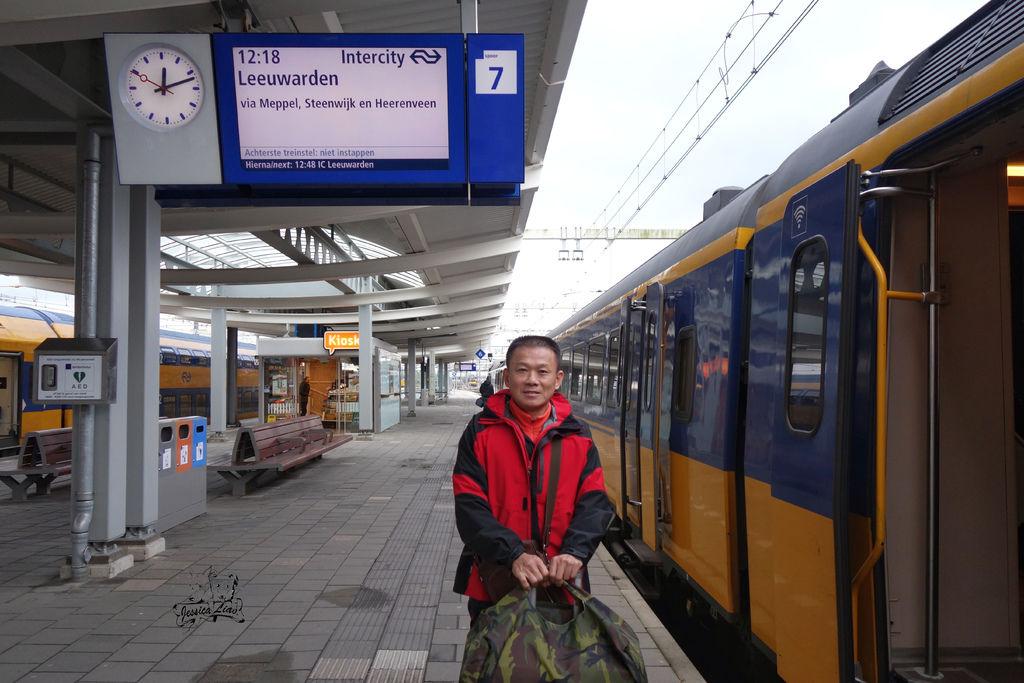 荷蘭國鐵的月台.jpg