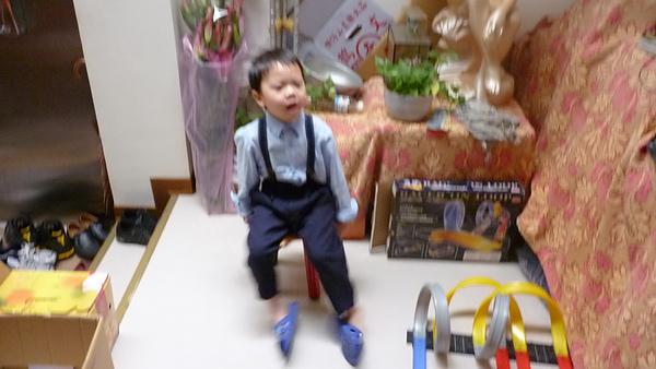 100.02.03.春節全家照片 004.jpg