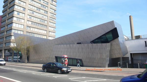 London Metropolitan University Graduate Centre-002.JPG.jpg