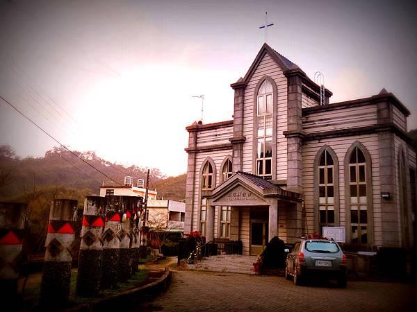 三叉坑部落教堂-1