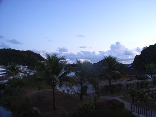第二天的開始——帛琉的朝霞