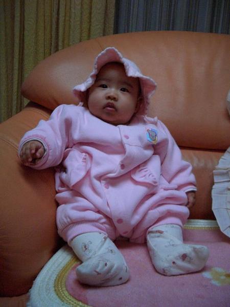 小粉紅帽彤~~