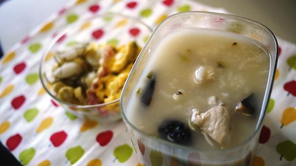 香菇滑雞粥