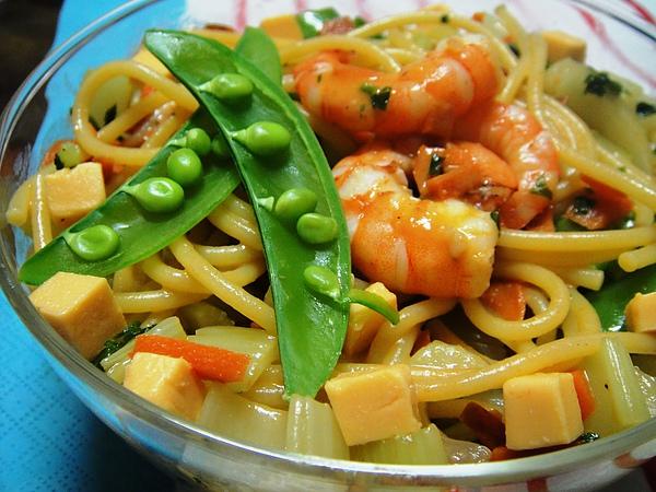 奶油甜蝦時蔬義大利麵