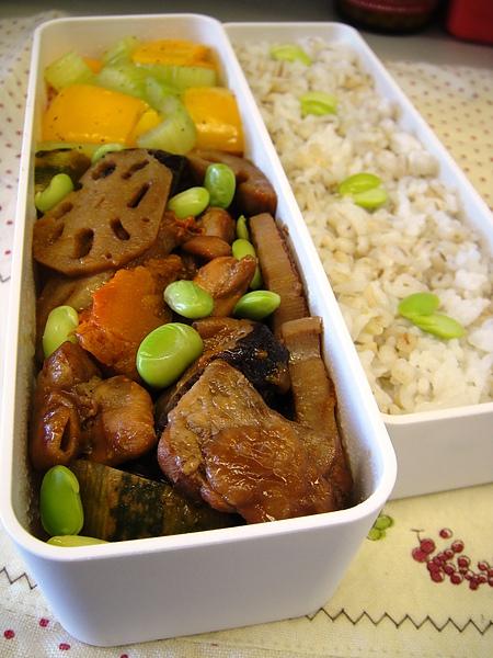 日式南瓜雞肉煮物