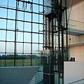モエレ沼公園---透明電梯