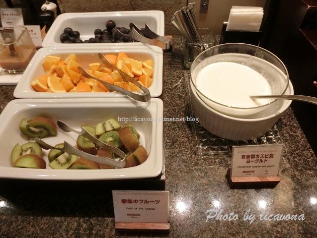 Piena朝食-水果優格
