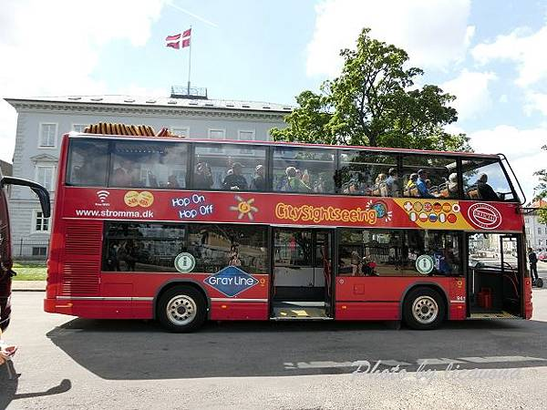 雙層觀光巴士