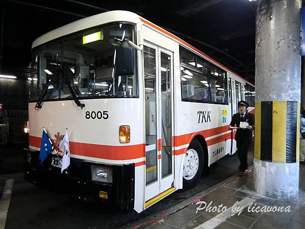 CIMG0206_立山tunnel troley bus.jpg