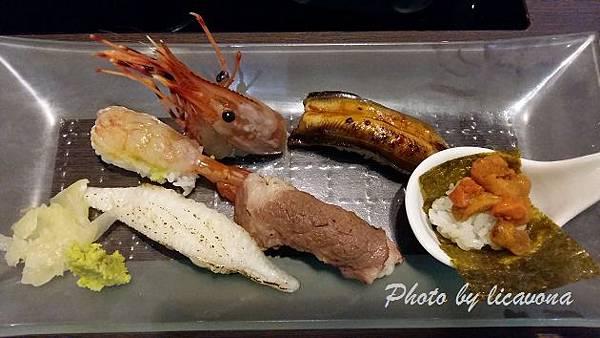 廣澤-牡丹蝦120穴子80比目魚鰭邊肉握壽司70牛肉握壽司90海膽130