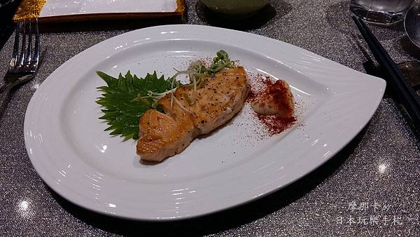 松悅創意鐵板燒_香煎鮭魚
