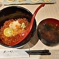 太羽魚貝料理-鮭魚卵海膽丼飯