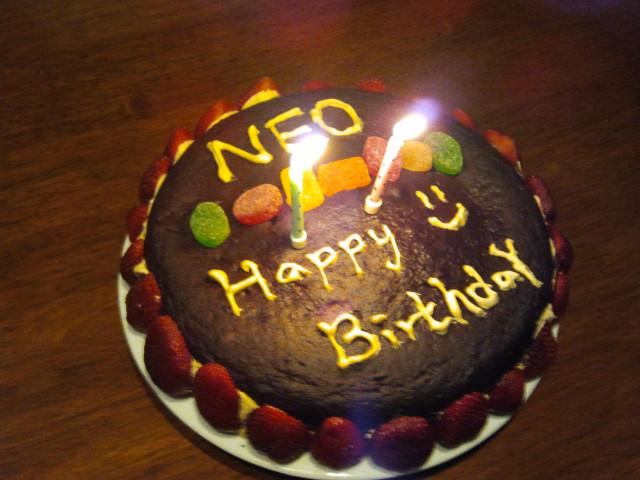 Neo生日蛋糕
