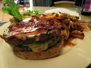 deluxe bongos  burger