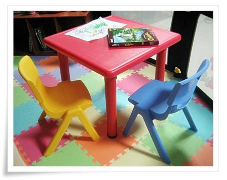 桌椅.jpg