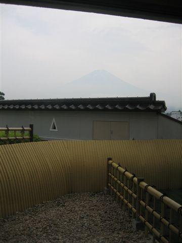 116.從我們的風呂看出去也可以看到聖山唷.JPG