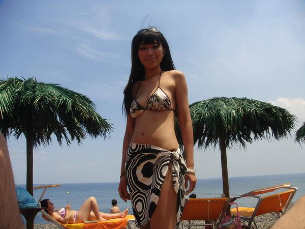 my new bikini 我的新比基尼