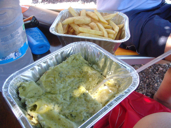 conneto beach lunch 卡耐多海灘午餐