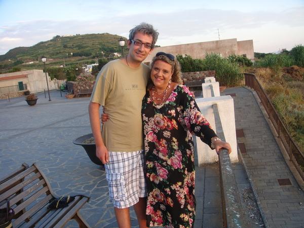 Lipari moutain Ivano and Giusy 禮帕利島的山區~老伊和茱茜