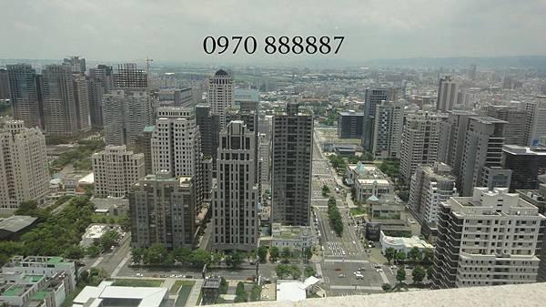 聯聚建設-聯聚方庭-台中七期-方庭大廈82