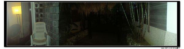 悠活房間花園景5夜晚黑漆漆的