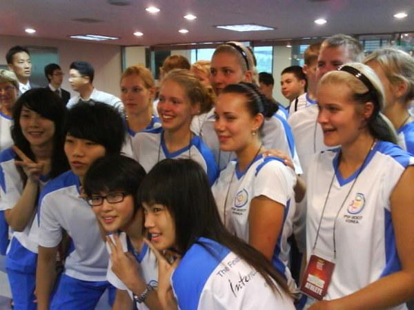小文跟外國人