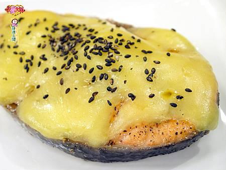 香煎起士鮭魚 (1)