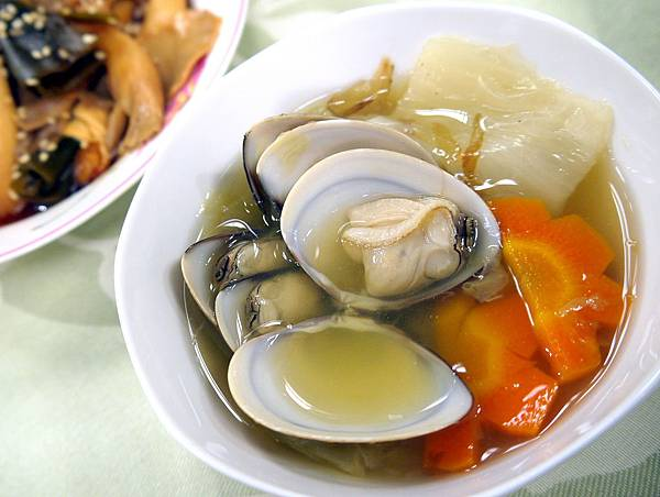 昆布白菜蛤蜊湯