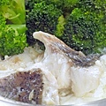 鮮奶蛋白燴魚片 (2)-壓標