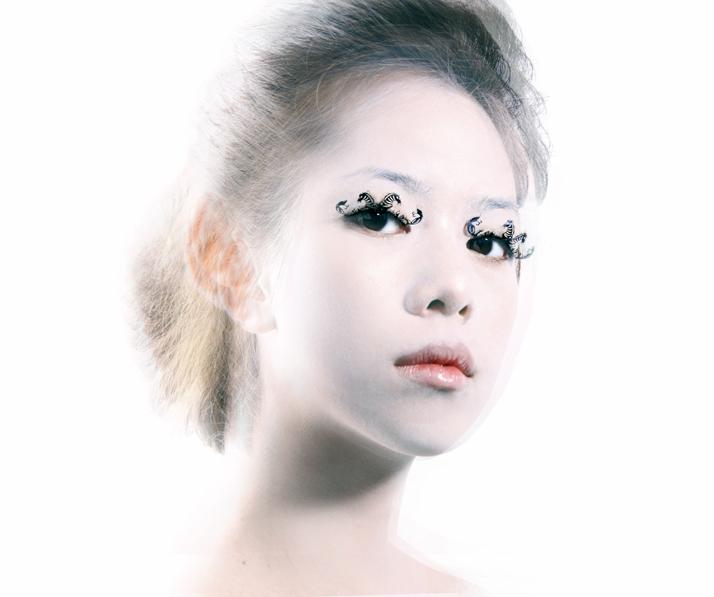 PAPERSELF-eyelashes-7.jpg