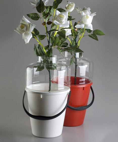 dzn_Bucket-Vase-by-Qubus-Design-studio-2.jpg