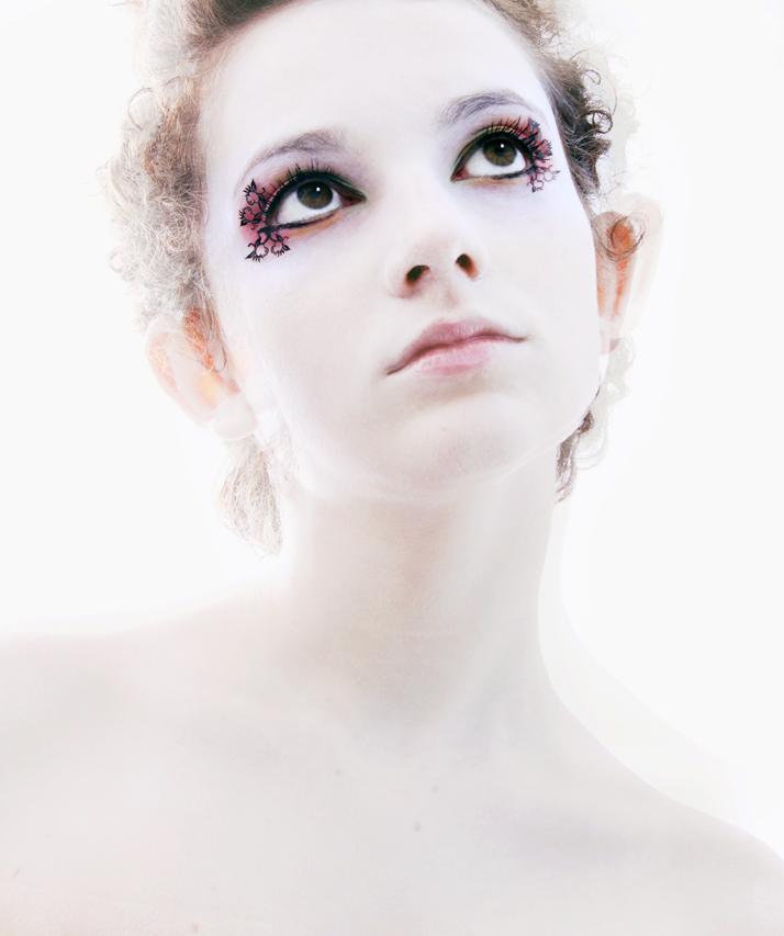 PAPERSELF-eyelashes-2.jpg