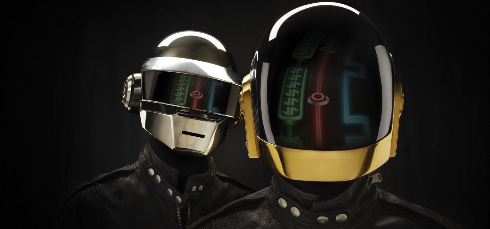 DJ-Hero-Daft-Punk-Helmets.jpg