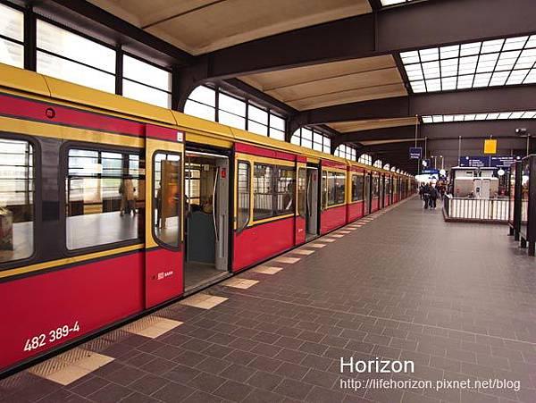 前往飯店搭乘的地鐵站