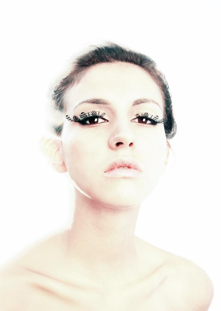 PAPERSELF-eyelashes-5.jpg