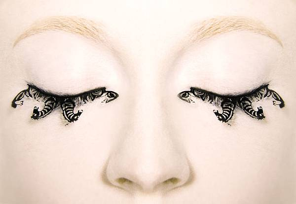 PAPERSELF-eyelashes-1.jpg