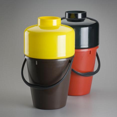 dzn_Bucket-Vase-by-Qubus-Design-studio-5.jpg