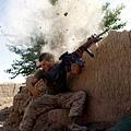 美國海軍陸戰隊與塔利班激戰