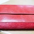 MOON紅色皮夾 - 背面收起
