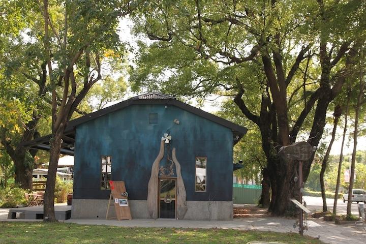 由老房子改造成手作藝術感的鐵花村.JPG