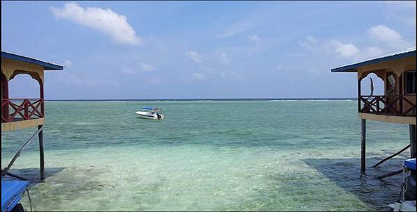 Mabul 島 水上屋