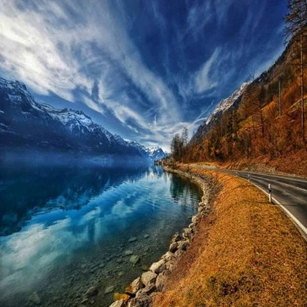 10阿爾卑斯山脈下面